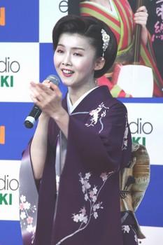 小桜舞子4.jpg