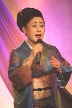 真木柚布子2.jpg