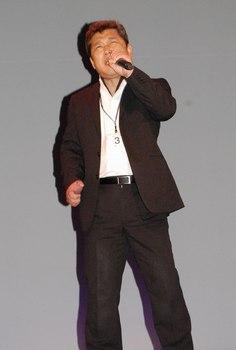 キングレコード歌謡選手権大会・ルビーコース最優秀賞 宮本淳一氏.jpg