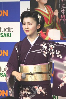 小桜舞子2.jpg