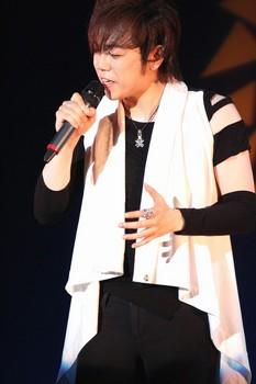 沢田正人2.jpg