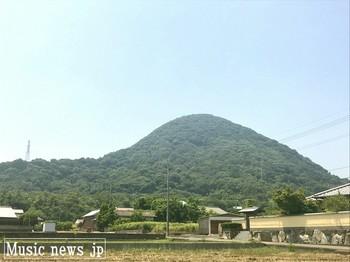 讃岐の山.jpg